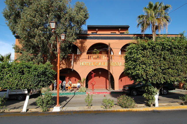 Todos santos hotels baja california sur mexico for Hotel california